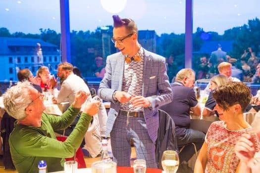 Zauberer Hautnah in Magdeburg für Hochzeiten und Familienfeiern