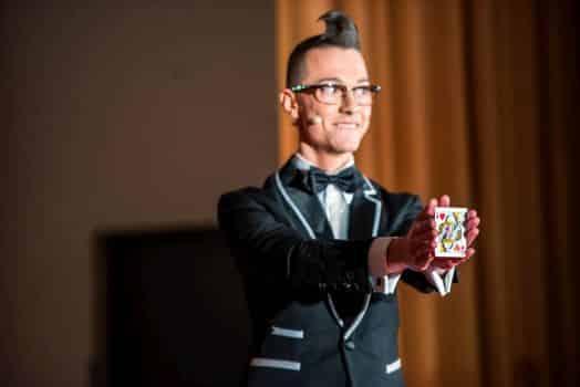 Zaubershow für Borna mit Magier Tim